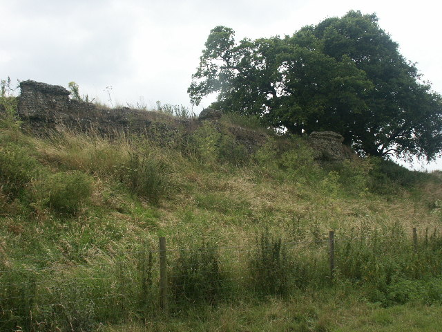 Walls of Venta Icenorum, Caistor St Edmund