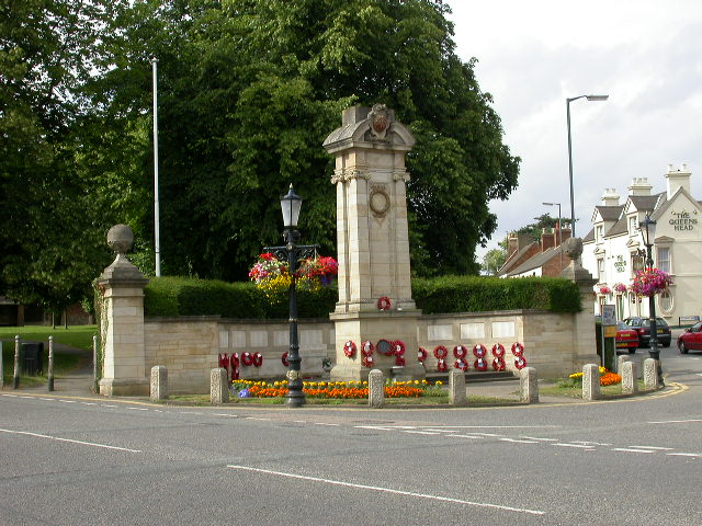 War Memorial, Broad Green