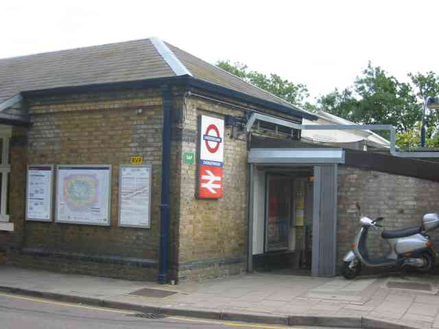 Railway station at Chorleywood