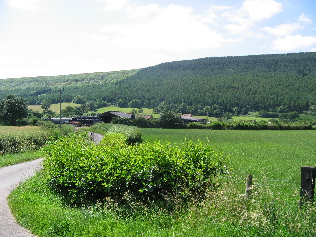 Huthwaite Green looking to Limekiln Bank