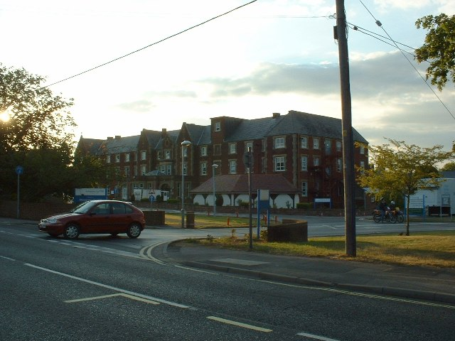 Moorgreen Hospital, West End