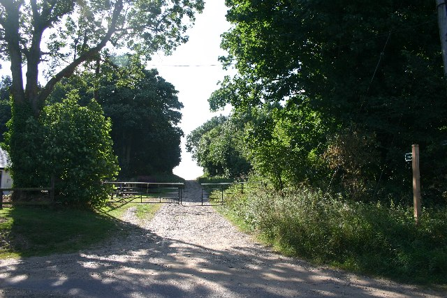 Footpath to Rushbrooke