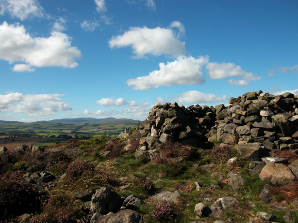 Callaly, Bronze Age round cairn
