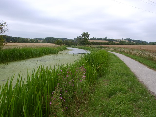 Grantham Canal and National Cycle Route 15