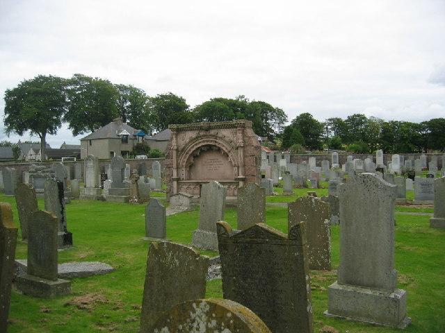 Kirkton of Skene churchyard