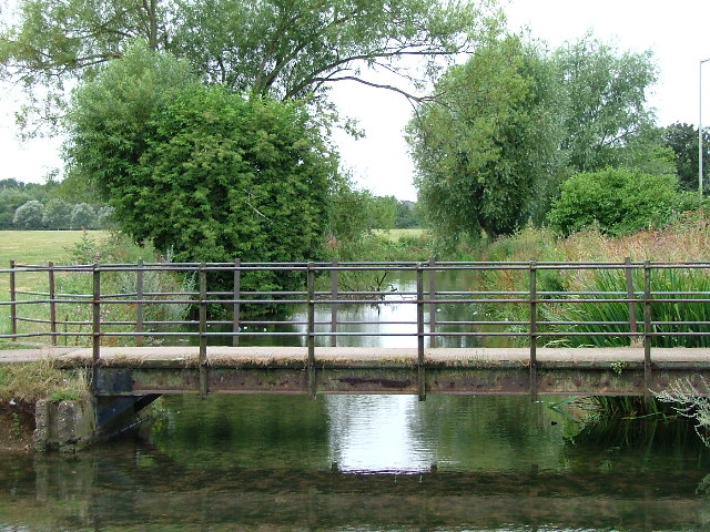 Bridge over River Purwell into Walsworth Common.