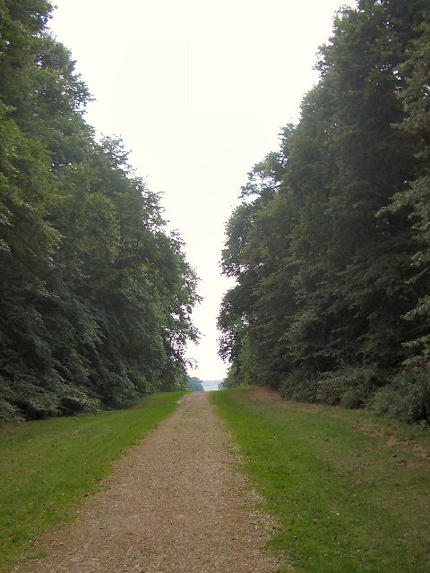 The Avenue, Temple Newsam