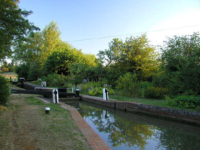 Bourton Lock on the Southern Oxford Canal