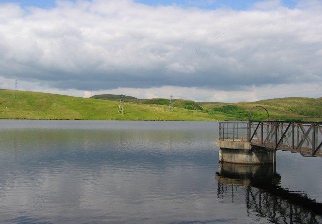 Duncolm and Greenside Reservoir