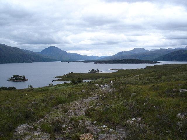 Tollie path down to Loch Maree