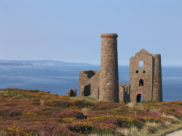 Old Tin mine west of St Agnes