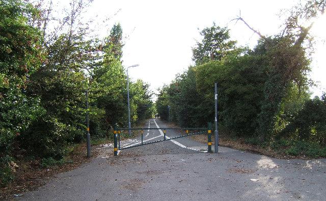 Footpath leading to bridge across Hogsmill near South Lane, New Malden