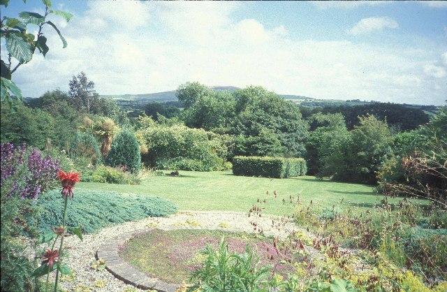 Bro Meigan Gardens