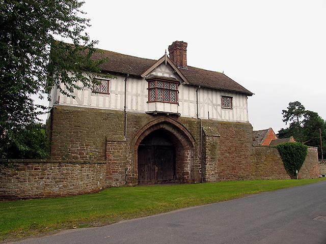 The Gatehouse: Bromfield
