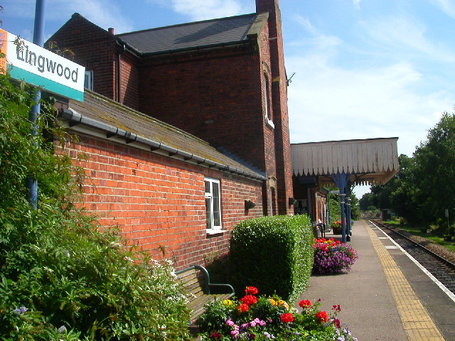 Lingwood Station
