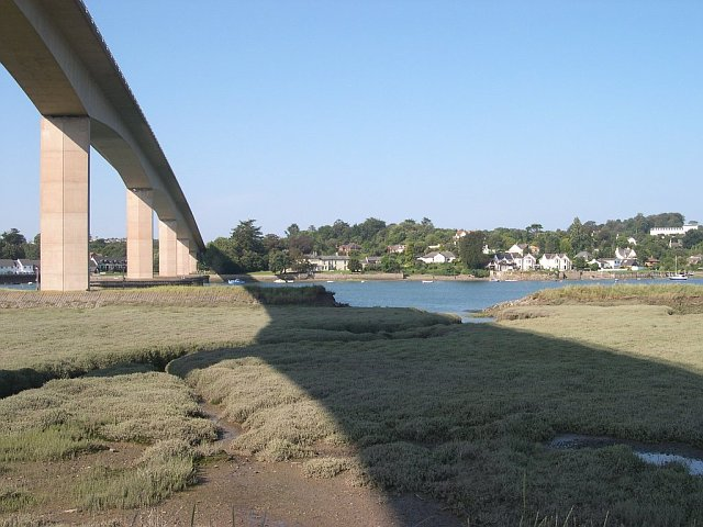 High level road bridge across the Torridge Estuary