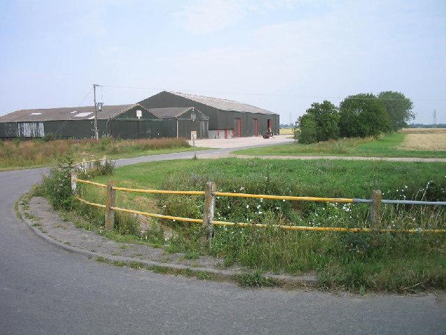 Grain stores near Reach