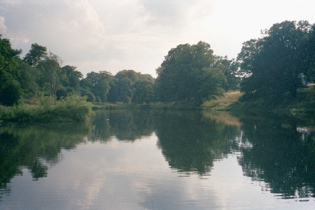 Reservoir in Cornbury Park