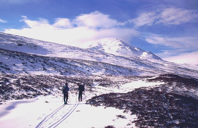 Northern slopes of Chno Dearg.