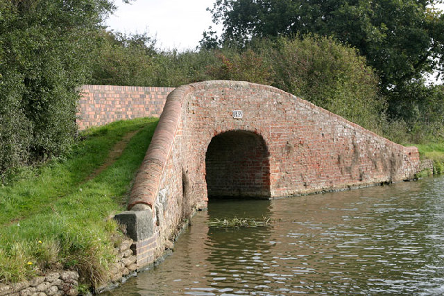 Bridge 142 on the Oxford Canal