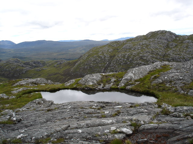 Lochan on secondary summit of An Groban