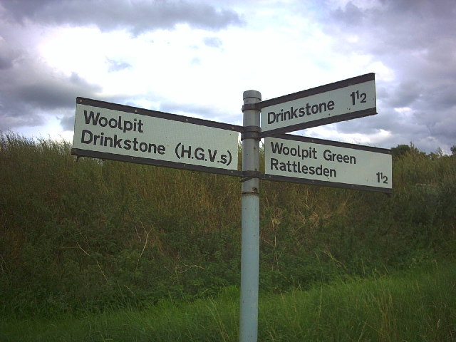 Road sign near Woolpit Green