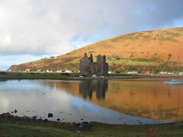Lochranza Castle & Bay