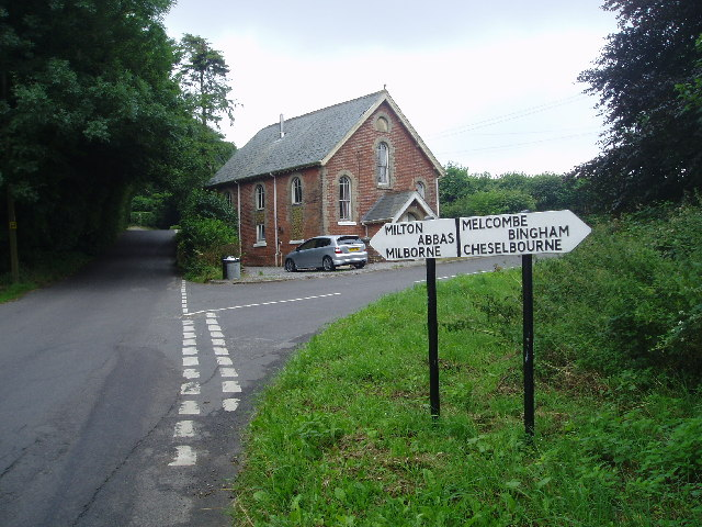 Cross roads at  Ansty cross