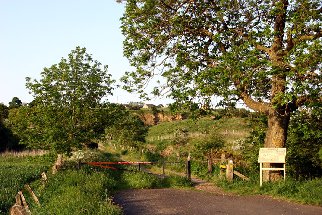 Entrance to Wingate Quarry Local Nature reserve