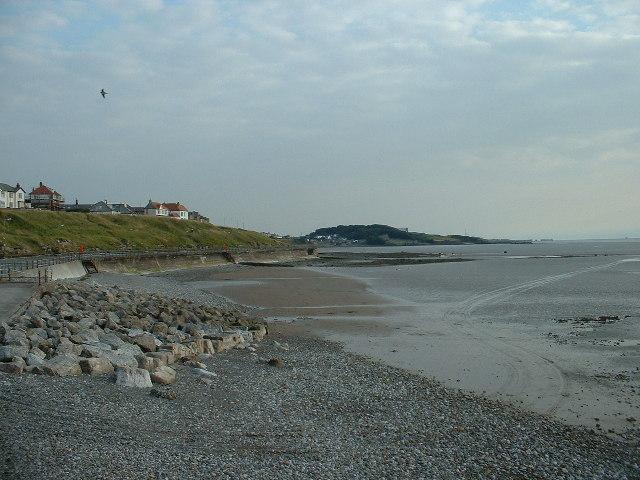 Morecambe seashore & groynes