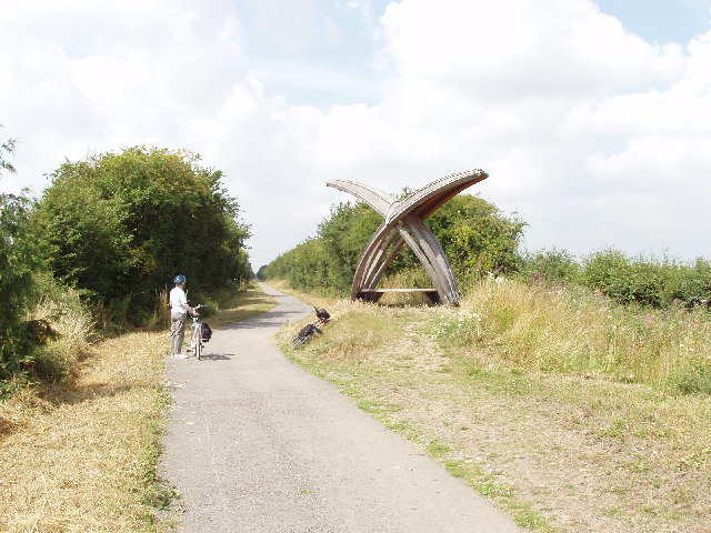 Shelter near Towersey on Phoenix Trail cycleway