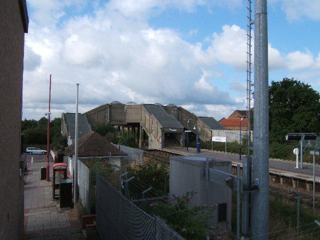 Stoneleigh Station