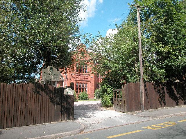 Merton House School, Abbot's Park