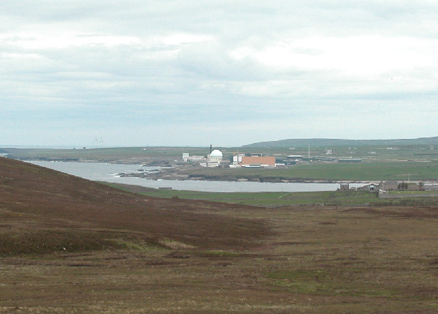 Dounreay Nuclear Centre from Drumhollistan Moss