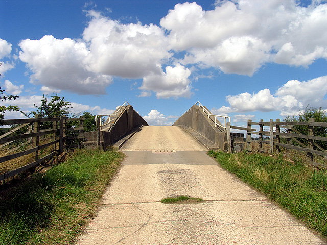 Byway Bridge over M4: Oare