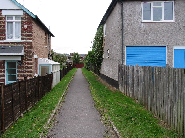 Strowdes Lane, Charlton Kings