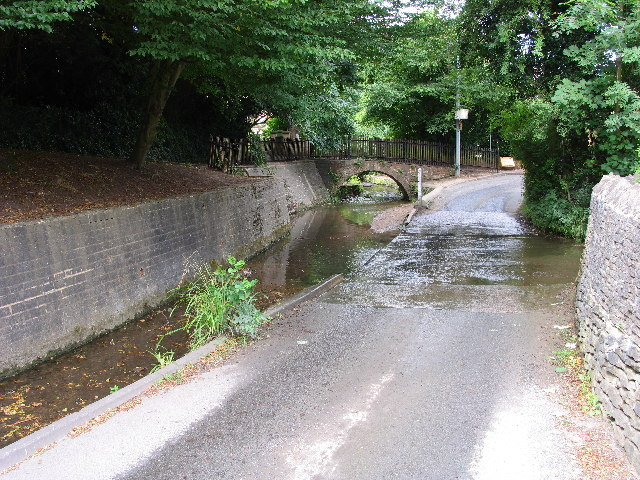 School Road Ford, Charlton Kings