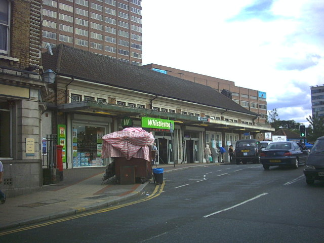 Sutton Station, Brighton Road (B2230)