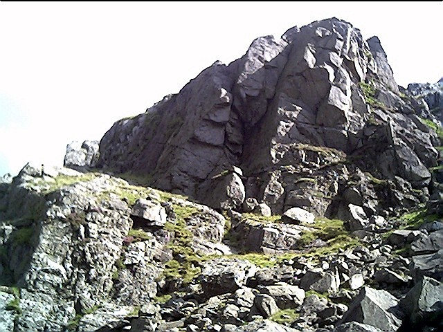 One of the many outcrops of rock on the PYG Track.