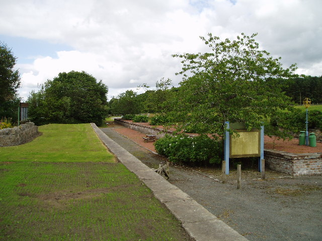 Leadburn railway platforms