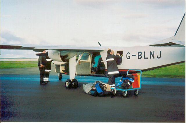 Islander plane at Papa Westray