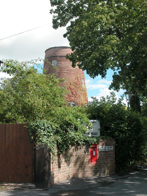 Old Mill House Upton by Chester
