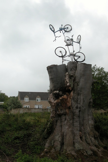 Unusual sculpture beside the Kennet and Avon canal.