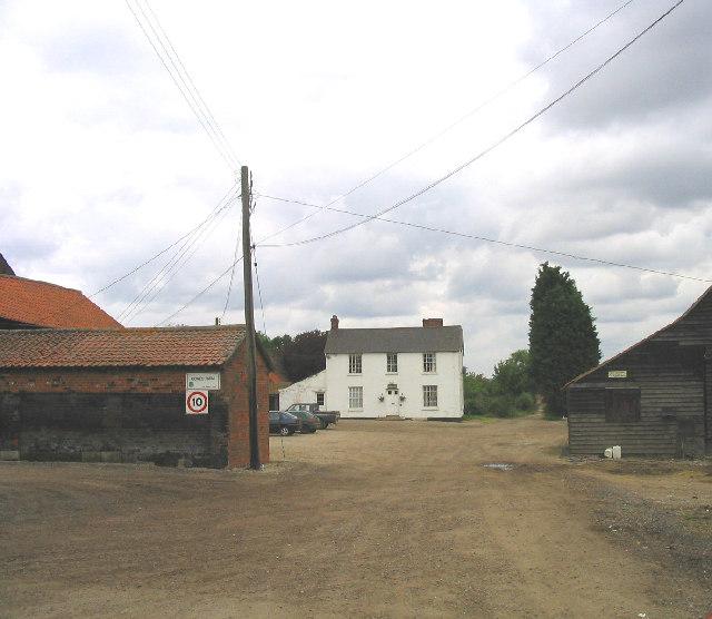 Cowes Farm, Warren Lane, Doddinghurst, Essex