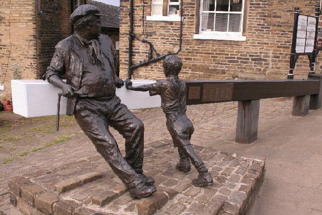 Statue, Sowerby Bridge