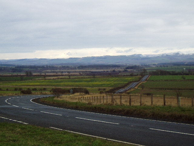 The Cheviots from the Inkbottle Lodge layby, near Greenlaw