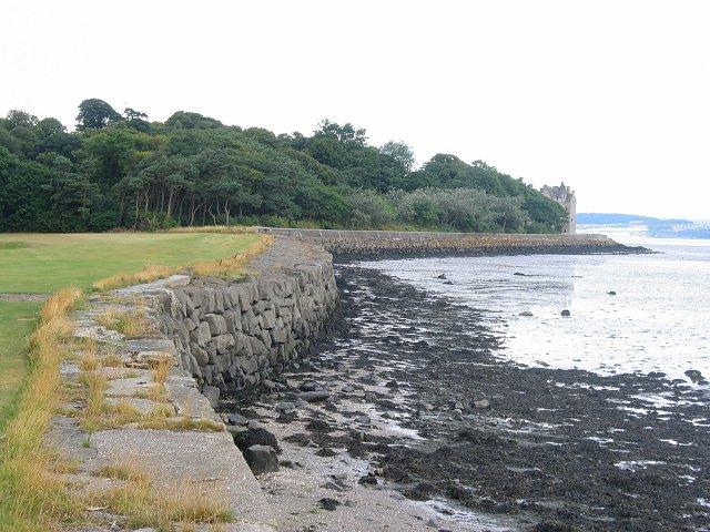 Sea wall, Dalmeny.