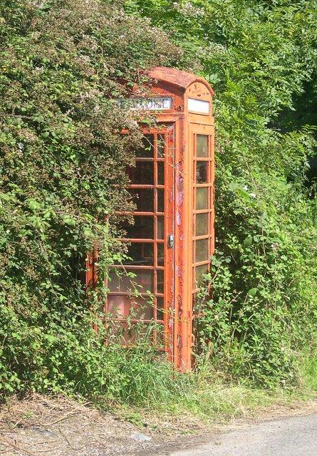 Public Telephone Box, Metherell