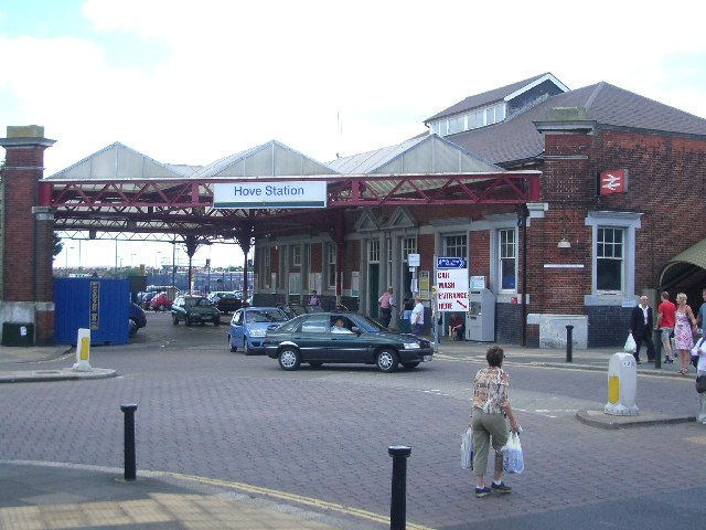 Hove station