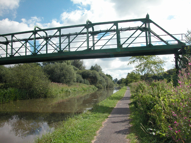 Disused Footbridge and Pipeline